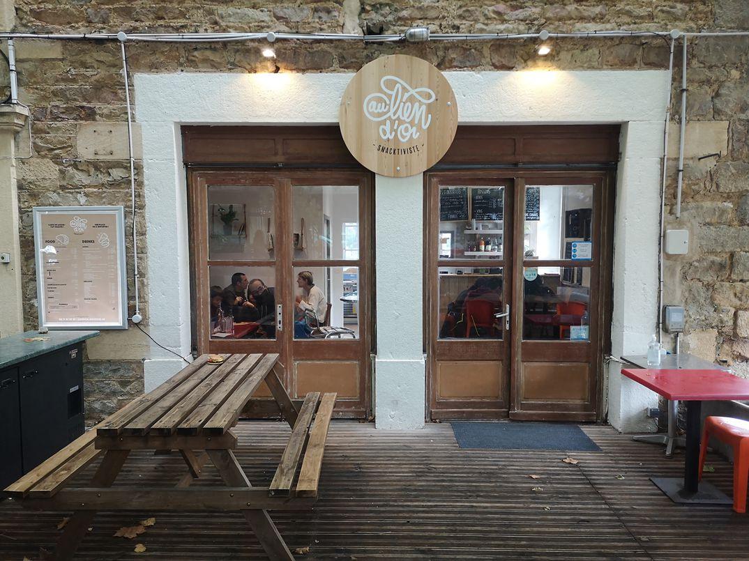 """Restaurant coopératif """"Au Lien d'Or - Snacktiviste"""""""